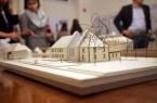 Die Ausstellung ist bis zum 27. April 2018 montags bis donnerstags von 8:00 bis 17:00 Uhr und freitags von 8:00 bis 13:00 Uhr im Detmolder Rathaus am Markt zu besichtigen.