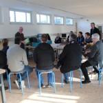 Techniklehrer erkunden Angebote und technische Ausstattung des Erfahrungsraum MINT in Lemgo