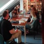 Jugendliche Nachwuchs-Autoren präsentieren ihre Geschichten