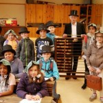 Gütersloher Grundschüler entdecken das bürgerliche Leben im 19. Jahrhundert