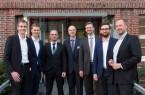 Auf dem Foto: Das CfADS-Team (von links): Stephan Godt, Tim Voigt, Matthias Fricke, Prof. Dr. Wolfram Schenck, Prof. Dr. Martin Kohlhase, Christopher Kübler, Prof. Dr. Pascal Reusch. Foto: Hochschulkommunikation, FH Bielefeld