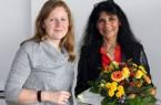 Yvonne Budde (links) freute sich, Fatma Bläser als neue Patin der Courageschule Lüttfeld Berufskolleg begrüßen zu können.