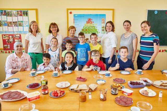 """Bertelsmann fördert erneut das Projekt """"Schulfrühstück"""" der ..."""