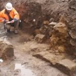 Archäologen entdecken mittelalterliche Steinarchitektur im Zentrum von Minden