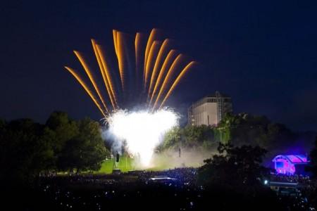 Jubiläums-Feuerwerk - 30 Jahre Maxipark