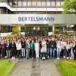 186 junge Menschen beginnen ihre Ausbildung bei Bertelsmann