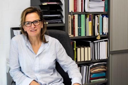Prof. Dr. Ruth Hagengruber, Wirtschaftsphilosophin an der Universität Paderborn.Foto Universität Paderborn, Kamil Glabica