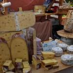 Premiere für 4 neue Käsereien auf Nieheimer Käsemarkt