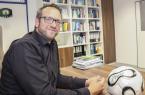 Foto: Prof. Dr. Dr. Claus Reinsberger wurde im April 2014 als deutschlandweit erster Neurologe auf den sportmedizinischen Lehrstuhl an der Universität Paderborn berufen.Foto Universität Paderborn, Simon Ratmann.