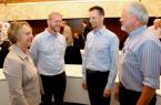 Workshop zum Klimawandel: Umweltdezernentin Christine Lang und der Leiter des Fachbereichs Umweltschutz, Dr. Jürgen Albrecht (rechts), mit den Referenten Dr. Tobias Kemper (zweiter von links) von der Energieagentur NRW und Thilo Conrad von der Isselhorster Versicherung.