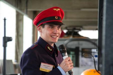 """Maus-Fan Raphael Kahlert ist Ideengeber und Organisator des Bahnhofsfestes """"Jugend unter Dampf""""."""
