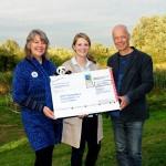 EDEKA Minden-Hannover übergibt 10.000 Euro an den WWF