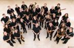 """Mit prächtigem und sattem Klang: Das Orchester """"Drei Sparren"""" bei brake.kulturell"""