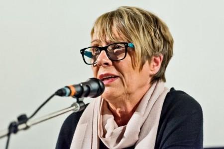 Ellen Sandberg, die eigentlich Inge Löhnig heißt, ist vor allem für ihre Krimis bekannt. Copyright: © Bertelsmann, Fotograf Steffen Krinke