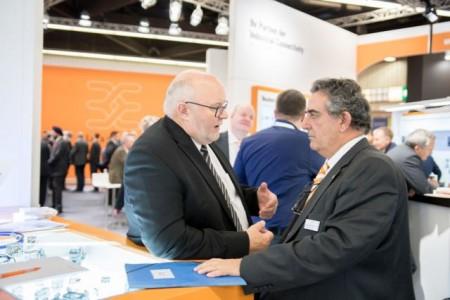 Der Austausch mit den Kunden und die Präsentation der neusten Lösungen steht für Vertriebsvorstand José Carlos Álvarez Tobar (re.) auch dieses Jahr wieder bei der SPS IPC Drives im Vordergrund.