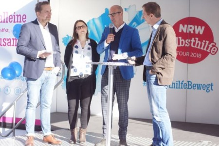 v. l. n. r.: Matthias Rotter, Kreisgruppengeschäftsführer Paritätischer Bielefeld, Julia Kruse IKK Classic, Ingo Nürnberger, Sozialdezernent und Jörg Brökel, Moderator.