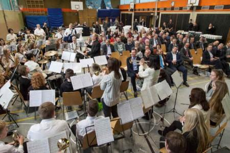 """Die überregionale Bigband der Musikschule Barntrup spielt hier unter der Leitung von Uwe Müller die """"Ode an die Freude"""""""