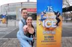 Valentina Marchei und Colin Grafton, Mitglieder des Ensembles von SHOWTIME, kamen heute nach Dortmund und zeigten im Eissportzentrum Westfalen eine Szene aus der neuen Show.. Westfalenhallen GmbH / Foto: Anja Cord