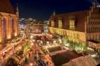 In der historischen Altstadt, rund um die Marktkirche, findet der traditionelle Weihnachtsmarkt statt.