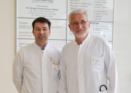 Kooperieren für eine verbesserte Diagnostik zur Erkennung von Prostatakrebs: Die Chefärzte für Urologie und Radiologie, Dr. Hans-Jürgen Knopf (r.) und Arne Dallmann.