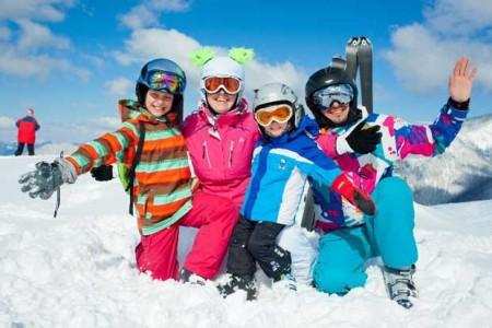 Skifahren_Familie