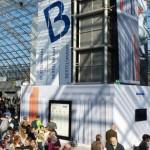 Das Blaue Sofa sorgt mit 58 Autoren für starken Jubiläumsauftritt