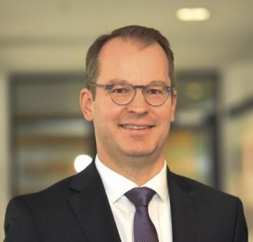 Boris Bödecker leitet den Finanz- und Steuerausschuss der IHK Ostwestfalen. Foto: IHK Ostwestfalen