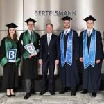 Bertelsmann feiert Bachelor-Absolvia