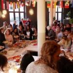 Internationales Frauenfrühstück in der Weberei