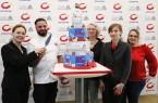"""Gemeinsames Anschneiden der CREATIVA & CAKE DREAMS-Torte, die der """"TortenBoss"""" eigens für die Pressekonferenz kreiert hat . Foto: Westfalenhalle Dortmund"""