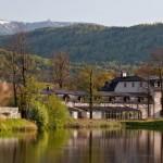 Schloss Wernersdorf erhält neues Seehaus