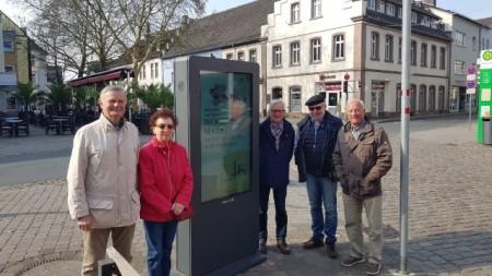 Gemeinsame Fortbildung der Stadtführer durch Stadtheimatpfleger Wilfried Henze (2 v.r.) Foto: Stadt Höxter