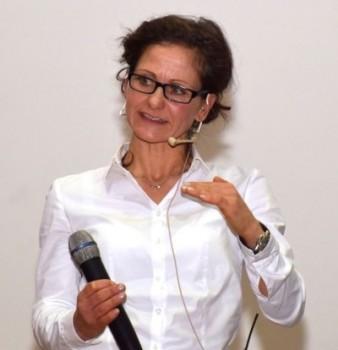 Frau Dr. Cuny, Robert - Koch - Institut