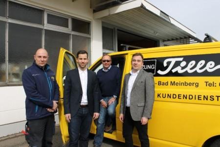 Blu Stuart Smith; Christian Zimmermann; Friedrich Tille; Christian Heß am Firmensitz Elektro Tille in Horn Bad-Meinberg