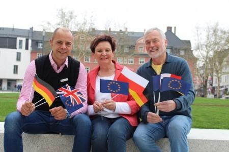 Die Vorsitzenden der drei Gesellschaften: Lucyna Minkus(deutsch-polnische Gesellschaft), Frank Mertens (deutsch-britische Gesellschaft), Wolfgang Hellmeier (deutsch-französische Gesellschaft).