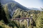 Der Bernina Express. Foto: Wiesener Viadukt, Rhätische Bahn.