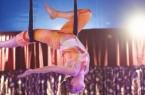 Bild 2 :  A uch  Luftakrobatik  kann  beim  Kinder- Mitmach - Zirkus  erlernt  werden (Foto:  Kinderzirkus Ostholstein