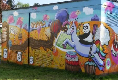 Bunte Wand vor Begegnungszentrum Rodenbeck Bild: Stadt Minden