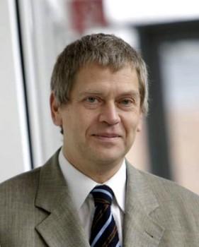 Prof. Heinz Kitzerow ist neuer Vorsitzender der Deutschen Flüssigkristall-Gesellschaft.Foto Matthias Groppe