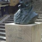 Graffiti-Vandalismus an Martinitreppe