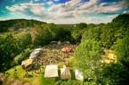 Rund um Bielefelds Wahrzeichen wird das Areal in vier Quartiere geteilt: höfisches Viertel, Bauernlager, Quartier der Ritter und Areal des Orients.Bild: Bielefeld Marketing/ Sarah Jonek