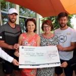 Elke und Alexander Hardieck übergeben 3.000-Euro-Spende