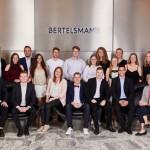 62 Bertelsmann-Auszubildende bestehen IHK-Prüfungen