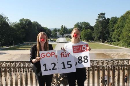 Auf dem Foto (vlnr): Jule Althoff und Louisa Ritter (beide Azubis zur Veranstaltungskauffrau).Foto:GOP