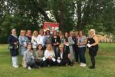 Die Teilnehmerinnen der Basis-Qualifikation zur OGS-Fachkraft beim AWO Familienbildungswerk freuen sich über ihr Zertifikat. Foto: AWO-Familienbildungswerk Enger