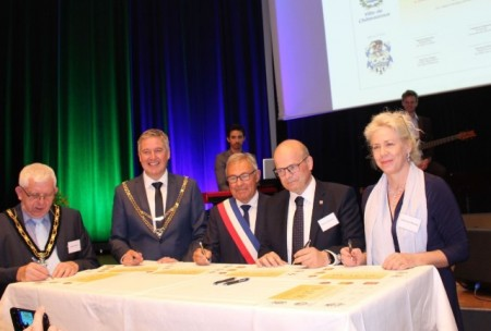 Unter den Gästen beim Jubiläum: Christina Disselkamp, stellveretende Landrätin und CDU- Fraktionsvorsitzender Ralph Brinkhaus.