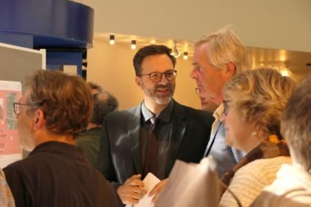 Lars Bursian im Dialog mit den Mindenern, Foto: Stadt Minden