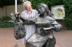 Brunhilde Kohls schlüpft in die Rolle von Güths Mariechen (Foto: Gütersloh Marketing)