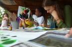 Freiwillige bei der Arbeit (Foto: C/WelthausBielefeld, Freiwillige bei SALEM)