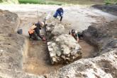 Zum Schutz der Herforder Bürgerschaft: Archäologen legen feinsäuberlich die Reste der Bastion frei. Foto: LWL/Spiong